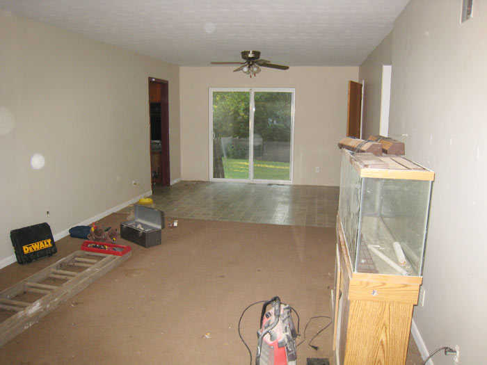Hazel flip house living room before
