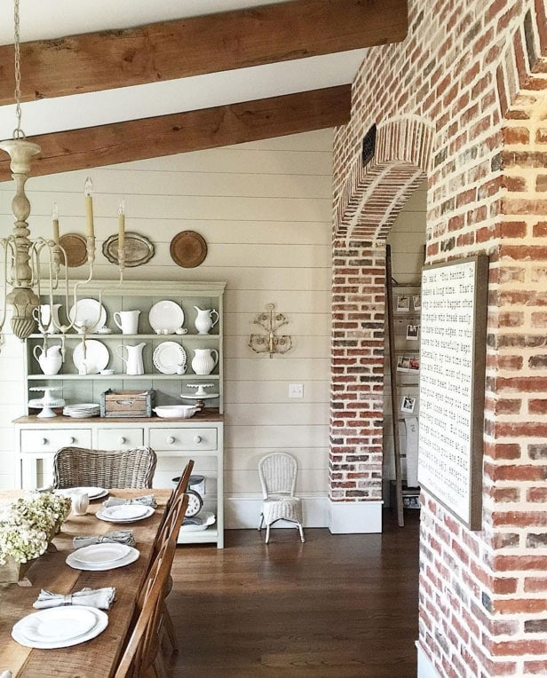 5 favorite farmhouse accounts on instagram the harper house for Farmhouse brick