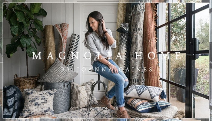 sharing my favorite fixer upper rugs from Joanna Gaines' new rug collection. Stylish and affordable rugs are a key ingredient to achieving fixer upper style. Find out where to purchase them on the blog | www.theharperhouse.com