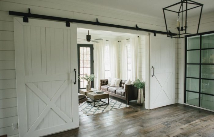 10 Awesome Sliding Barn Doors
