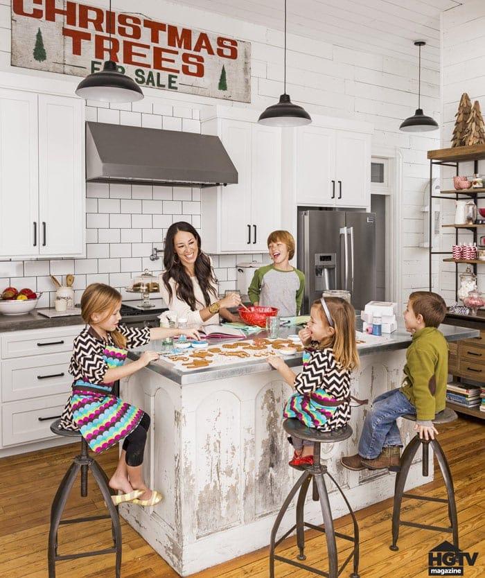 Fixer Upper Christmas Decor | The Harper House