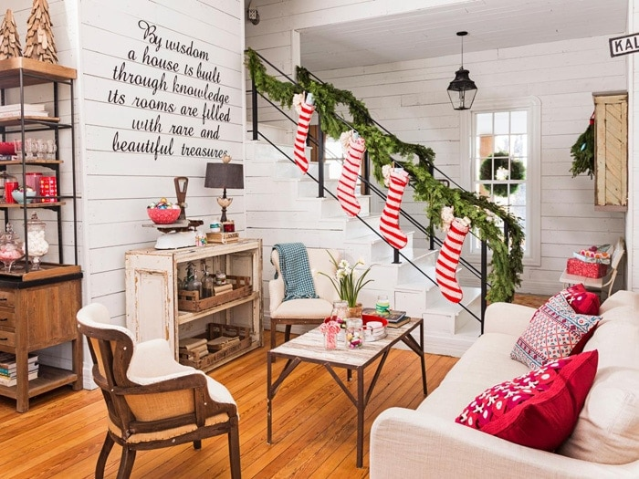 love this space! Find out where to buy Joanna's favorite Fixer Upper Christmas decor to creat this same warm farmhouse Christmas feel in your home | www.theharperhouse.com