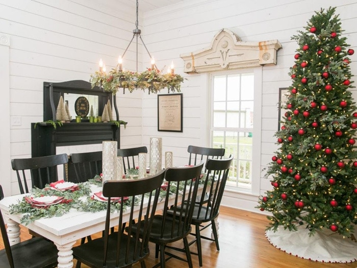 Fixer Upper Christmas Decor (page two) | The Harper House