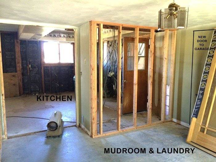flip house mudroom before pic