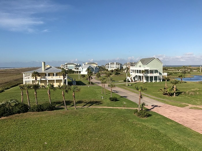 beach front community - Galveston, TX
