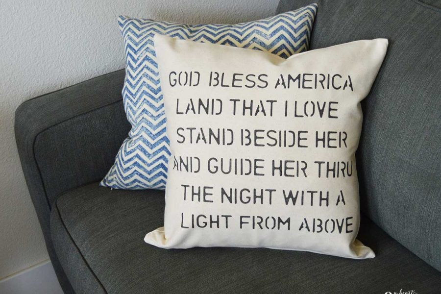 Create your own DIY Stenciled Patriotic Pillow Cover with this easy tutorial!