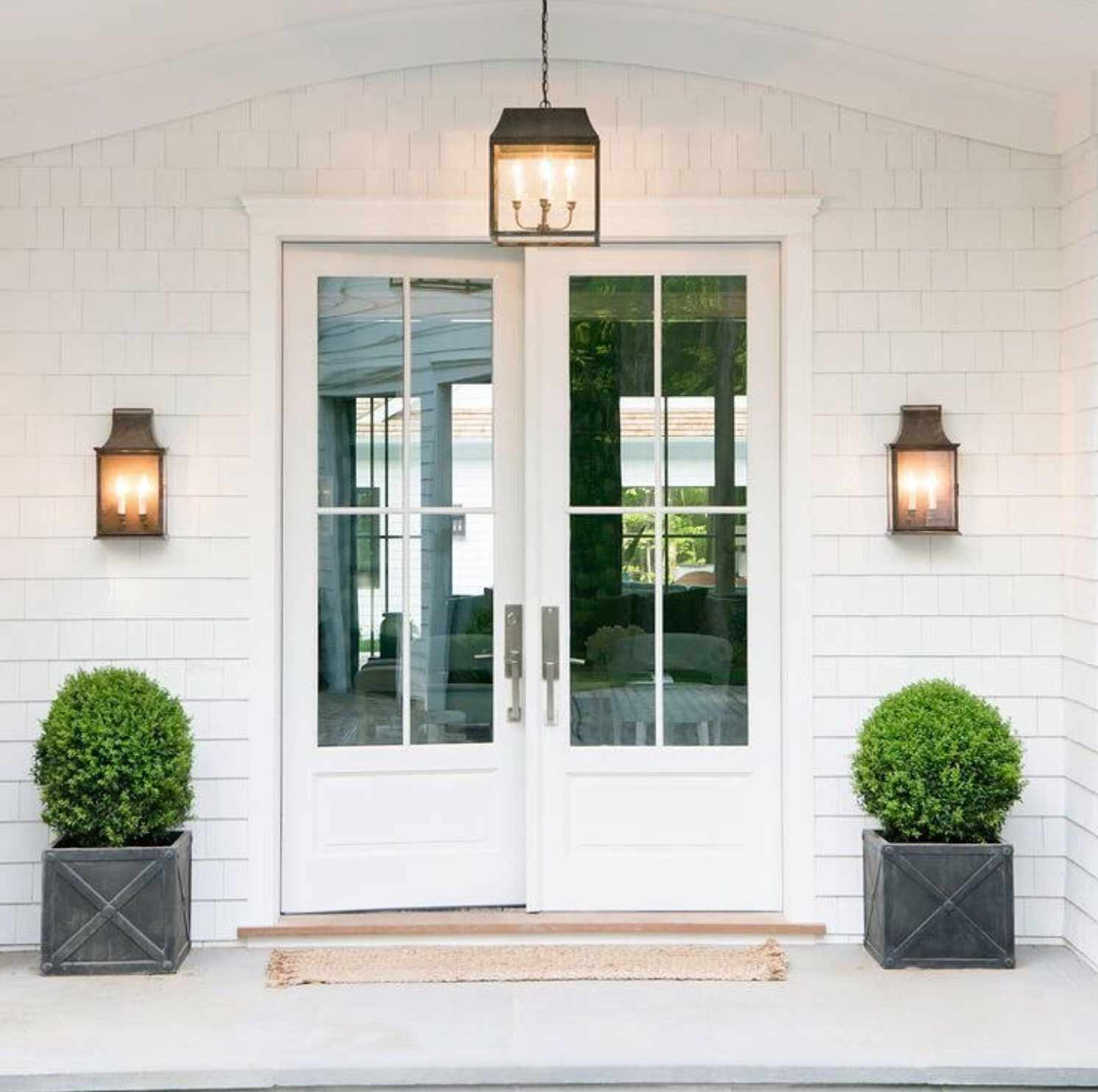 roundup of outdoor lighting and wall sconces