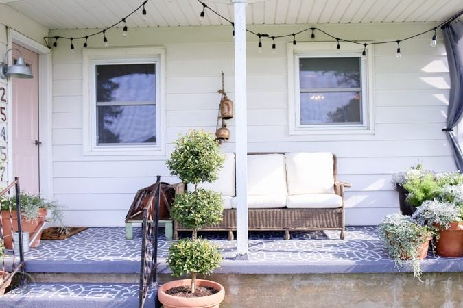 Farmhouse Style Outdoor Living