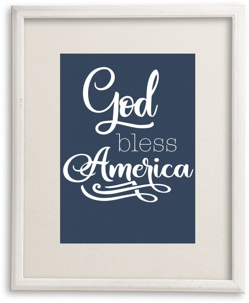 free 4th of July printables | God Bless America free printable wall art | patriotic art prints #freeprintable #wallart #walldecor