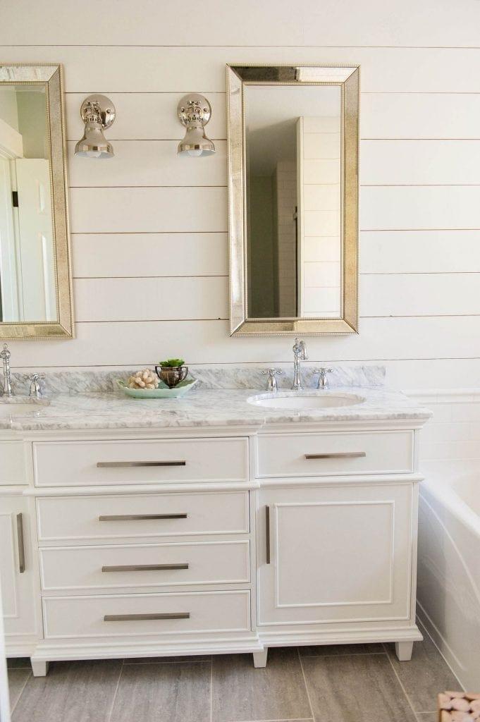 Bathroom Vanity Shopping guide - where to buy this vanity! bathroom vanity ideas | double sink vanities | bathroom renovation | bathroom remodel | farmhouse bathroom | master bath remodel #bathroomdecor #bathroomidea #bathroomdesigns