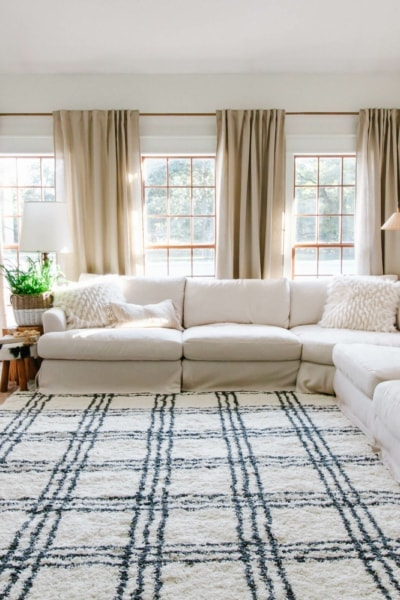 black and white farmhouse style rug in living room