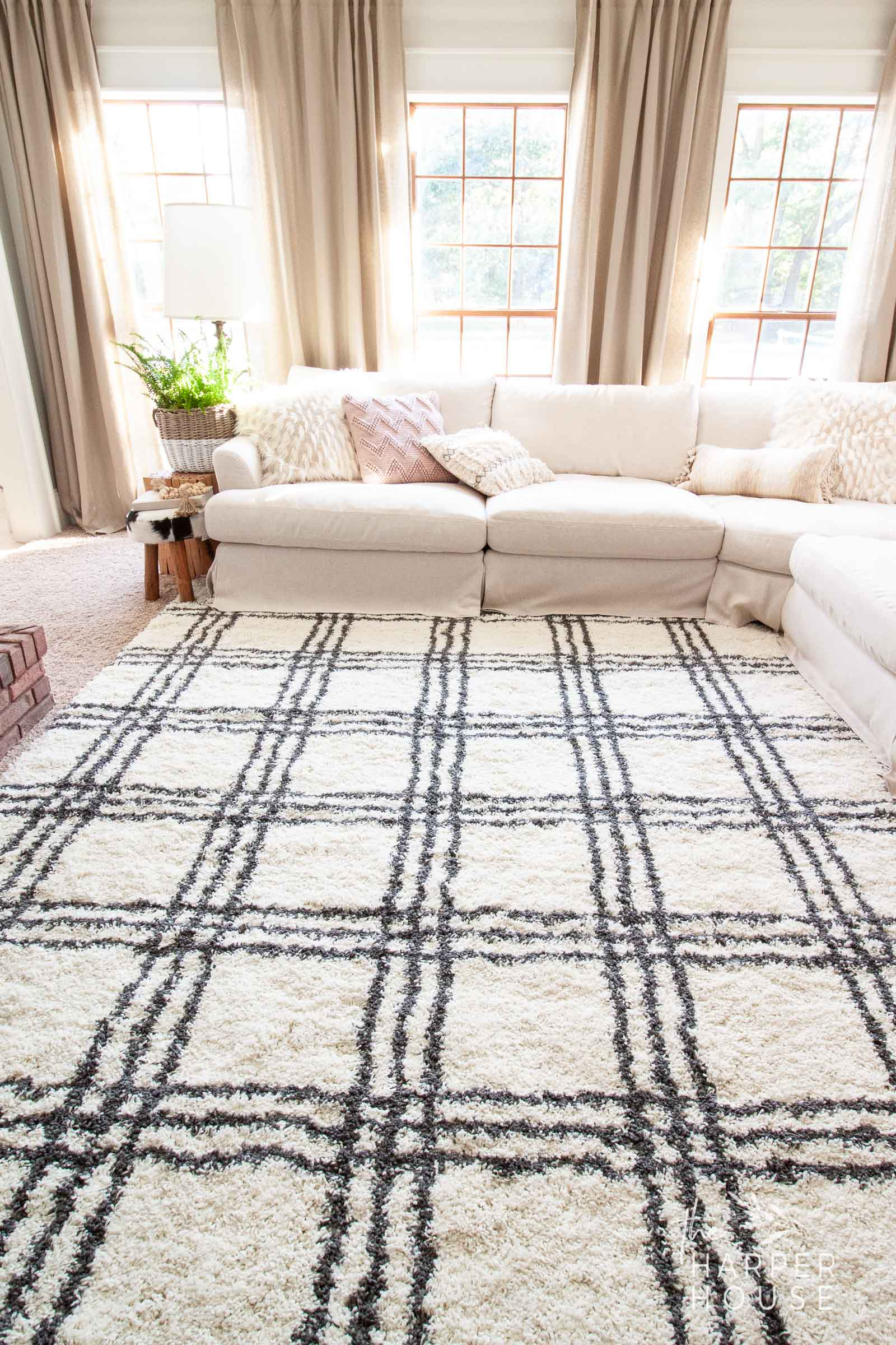 black and white farmhouse style rug